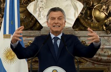 Mauricio Macri, anuncia medidas de austeridad.