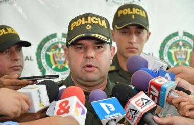 Coronel Gelver Yecid Peña.