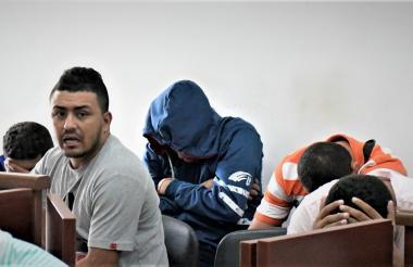 A los 15 capturados en allanamientos les fueron endilgados por un fiscal los delitos de homicidio, hurto y concierto para delinquir.