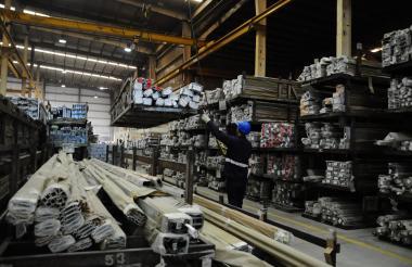 Productos de aluminio elaborados por Tecnoglass en Barranquilla.