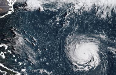 Imagen satelital que muestra al huracán Florence.