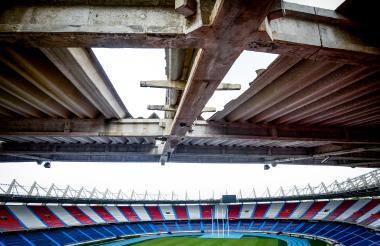 Aspecto actual de la cubierta del estadio Metropolitano Roberto Meléndez.