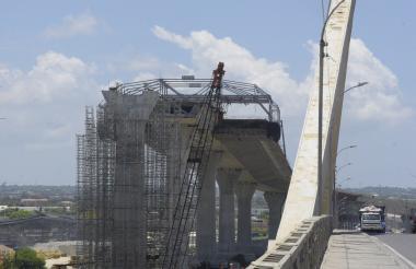 El nuevo puente no será entregado en mayo de 2019.