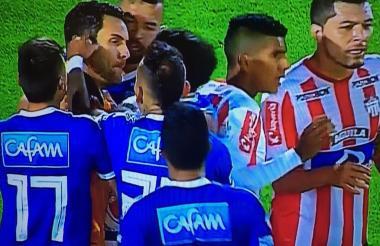 La provocación de Domínguez a Sebastián Viera.