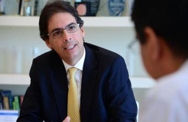 Rodolfo Anaya.