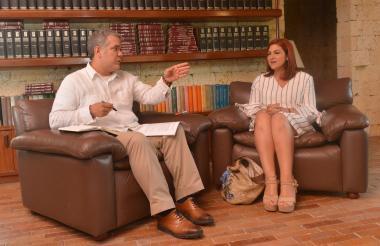 El presidente Duque en la entrevista a Antonella Farah.