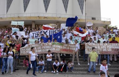 Estudiantes defienden programa 'Ser Pilo Paga'.