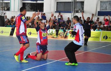 Independiente espera volver por el camino del triunfo.