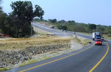 Recorrido por la Ruta del Sol - Sector II en el tramo que cruza el municipio de San Martin (Cesar).