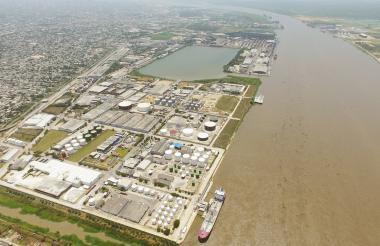 Vista panorámica de las instalaciones de la zona franca de Barranquilla.