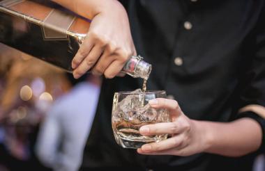 La OMS prevé un alza del consumo de alcohol en el mundo en los próximos años.