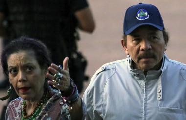 El presidente 'nica' Daniel Ortega, con su esposa, Rosario Murillo, vicepresidenta.