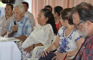 La familia de Jesús María Pérez lo acompañó en su homenaje.