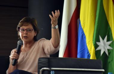 La poeta y novelista colombiana Piedad Bonnett.