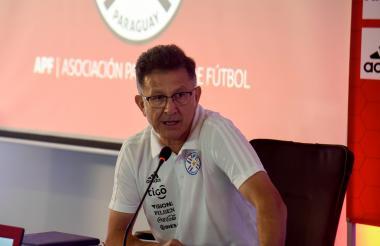 El técnico de la selección de Paraguay, Juan Carlos Osorio.