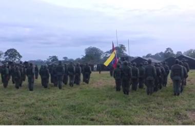 Las tropas venezolanas alistándose para llegar a la frontera con Colombia.