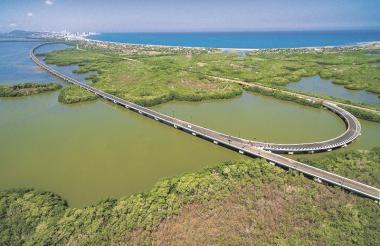 Con este proyecto se espera seguir fortaleciendo la visita de turistas ya que facilita la entrada a Cartagena.