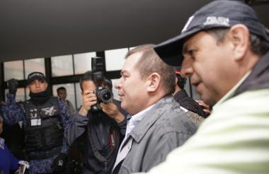 El mayor Luis Perdomo, director de La Picota, a la salida de la audiencia de este lunes.