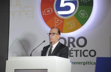 Alonso Cardona, viceministro de Energía, en su intervención en el Foro Energético.