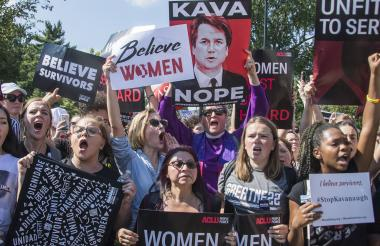 Algunas manifestantes en contra de Kavanaugh.