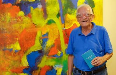 El escritor samario Ramón Illán Bacca.