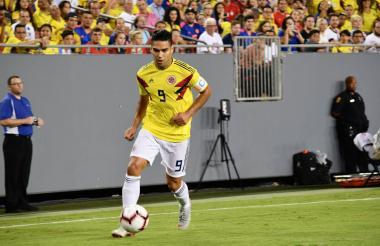Radamel Falcao marcó el tercer tanto colombiano en el minuto 74.