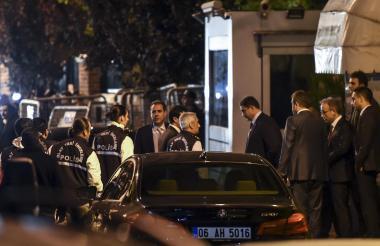 El cuerpo investigativo llegó ayer por la noche a revisar la embajada en Estambul.