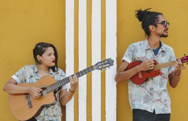 Shay y Camilo.