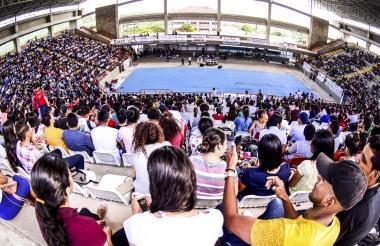 Aspecto de la asamblea multiestamentaria celebrada ayer en la Uniatlántico.