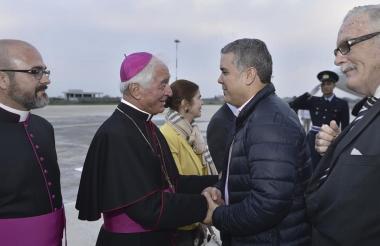 El presidente Iván Duque a su llegada a Roma.