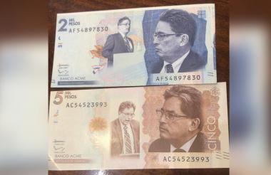 'Billetes' de $2 mil y de $5 mil con la imagen del ministro de Hacienda, Alberto Carrasquilla.