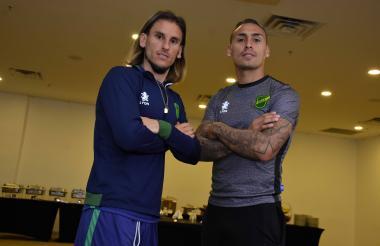 El entrenador Sebastián Beccacece junto al delantero Fabián Bordagaray.