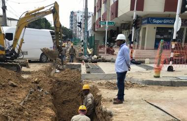 Intersección de la carrera 46 con calle 62 donde se adelantan trabajos de canalización.