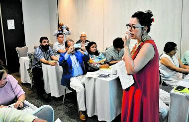 La comisionada en la presentación de la Comisión de la Verdad que se realizó en Barranquilla.