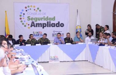Consejo Ampliado de Seguridad realizado en el Salón Blanco de la Alcaldía de Santa Marta.