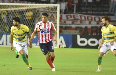 Juego entre Junior y Defensa y Justicia en Barranquilla.