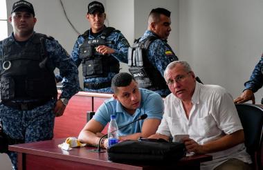 Lebith Rúa y su abogado Hernando Arraut en la audiencia de este martes en Soledad.