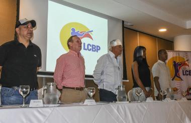José Álvarez, 'Chelito' De Castro, Pedro Salzedo, Katie Rentería y Harold Herrera en el lanzamiento.