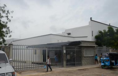 La mujer fue llevada a la Clínica Adelita de Char, de Soledad, donde falleció horas después por la gravedad de las heridas que sufrió.