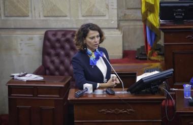 Nancy Gutiérrez, ministra del Interior, explicó los principales puntos de la reforma en el Congreso.
