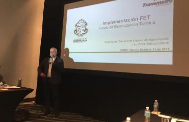 Ricardo Restrepo durante la presentación.