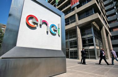 Fachada de la multinacional Enel, en Chile.