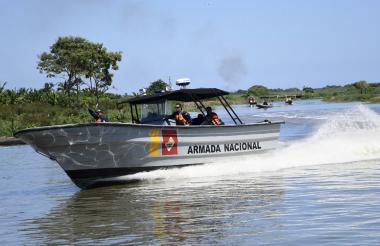 Lancha de la Armada Nacional.