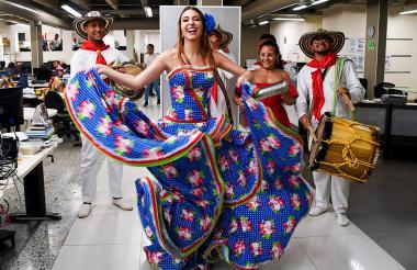 Carolina Segebre, reina del Carnaval de Barranquilla 2019, en su visita a EL HERALDO.
