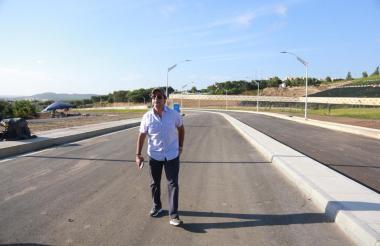 El alcalde Alejandro Char recorrió ayer la obra que será entregada la próxima semana.