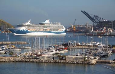 El crucero a su arribo a Santa  Marta.
