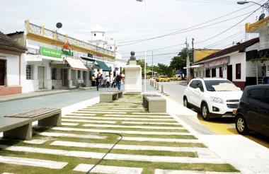 Aspecto de la plaza principal del municipio de Soledad.