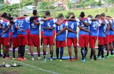 Los jugadores del Unión Magdalena juntos en la práctica de ayer previa a la final.