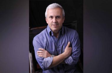 El escritor y periodista Sergio Ocampo Madrid.