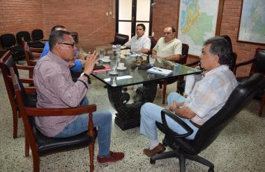 La reunión entre el Gobernador de Sucre y el rector de la Universidad se efectuó en la Sala de Juntas del Gobierno Departamental.
